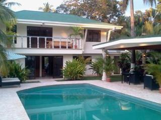 Beautiful House with Internet Access and Hot Tub - El Roble vacation rentals