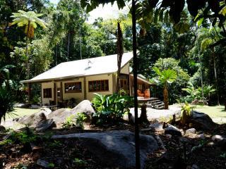 Stonewood Retreat - Daintree Accommodation - Daintree vacation rentals