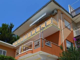 CR152 - Apartment 1 - Duce vacation rentals