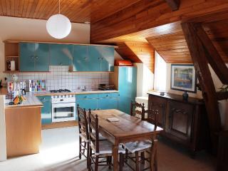 Romantic 1 bedroom Saint-Plantaire Gite with Internet Access - Saint-Plantaire vacation rentals