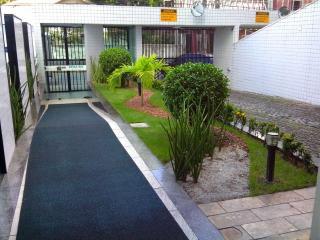 RentRecife - Madalena Apartment in Recife - Recife vacation rentals