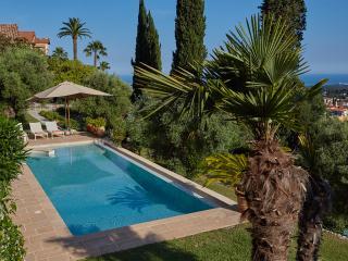 Les Amorini villa sea view heated pool air con - Vence vacation rentals
