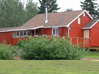 Beautiful Bed and Breakfast with Internet Access and Washing Machine - Pictou vacation rentals