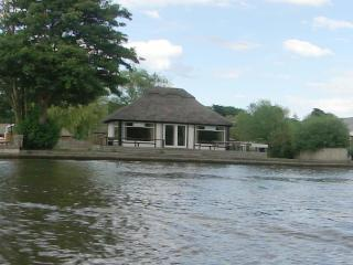 WILLOW FEN. Horning - Norfolkrivercottages - Horning vacation rentals