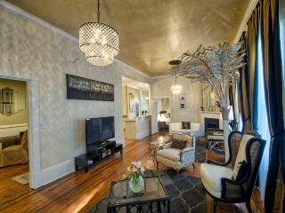 Beautiful! Newly renovated! Steps away from famous River Street! - Savannah vacation rentals