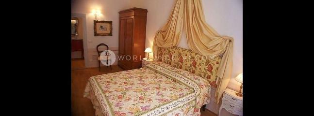 Apartment Melarancio Tre - Borgo San Lorenzo vacation rentals