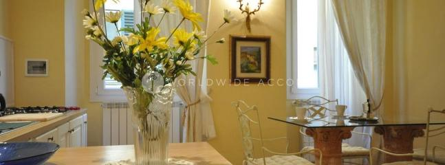 Apartment Cellini Firenze - Borgo San Lorenzo vacation rentals