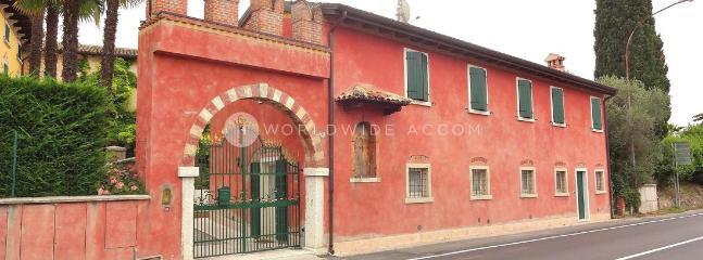 Villa Lazise - Lazise vacation rentals