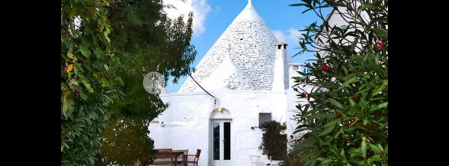 Trullo Bianco - Noci vacation rentals