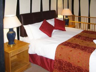 Boston Lodge Guest House [Family Room] - Boston vacation rentals