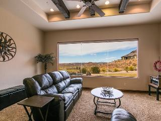 Golfer`s Escape at Coral Ridge | 1919 - Saint George vacation rentals