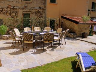 Lovely 4 bedroom Vacation Rental in Argegno - Argegno vacation rentals