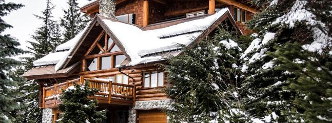 Large and Luxurious Log Chalet (Ski/in Ski/out) - Whistler vacation rentals
