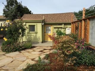 Quiet, Sun-Filled Studio - Oakland vacation rentals