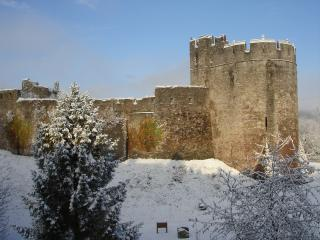 Ty'r Castell Band B, Chepstow, Monmouthshire - Chepstow vacation rentals