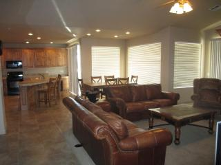 Beautiful newer top floor condo in St. George - Saint George vacation rentals