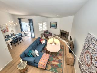 West Hollywood Townhouse with Balcony and Views - West Hollywood vacation rentals