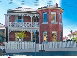 Nice 3 bedroom House in Hobart with Internet Access - Hobart vacation rentals