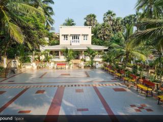 Luxuriously furnished sea facing villa in mumbai - Mumbai (Bombay) vacation rentals