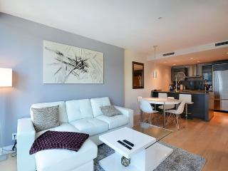 Luxury 5 star building in Downtown - Vancouver vacation rentals