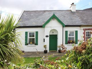 Cozy 3 bedroom Cottage in Tralee with DVD Player - Tralee vacation rentals