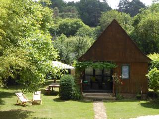 LE CHALET- Le Jardin d'Eden - Montignac vacation rentals