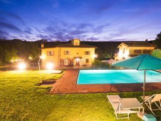 Bright 5 bedroom Villa in Terranuova Bracciolini - Terranuova Bracciolini vacation rentals