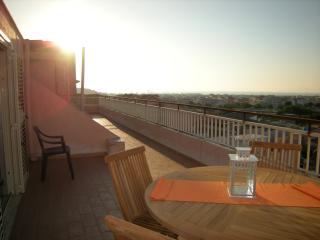 Nice 2 bedroom Penthouse in Barcellona Pozzo di Gotto - Barcellona Pozzo di Gotto vacation rentals