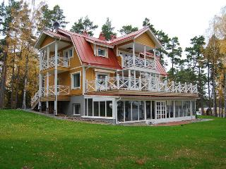 Nice Villa with Deck and Internet Access - Salo vacation rentals