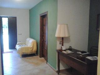 Nice 4 bedroom Bed and Breakfast in Perdifumo - Perdifumo vacation rentals