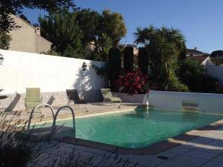 Villa rental South of France, Boujan - Boujan sur Libron vacation rentals