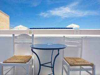 """Studio """"Relax in Kamari beach"""" - Kamari vacation rentals"""