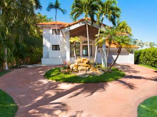 6br Villa Asina - Coconut Grove vacation rentals