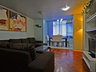 (Cod.401) APTO DE 4 QUARTOS VISTA LATERAL MAR - Rio de Janeiro vacation rentals