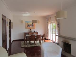 Nice 4 bedroom Apartment in Cascais - Cascais vacation rentals