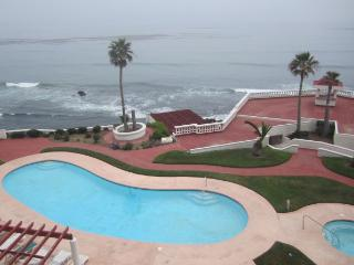 Nice 2 bedroom Rosarito Condo with Internet Access - Rosarito vacation rentals