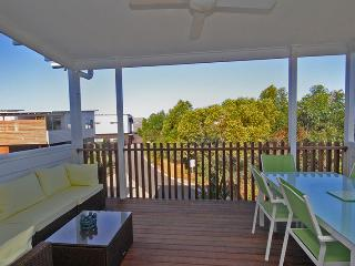 Unit 39 Kula Beach Shacks - 42 Boardwalk Blvd Mount Coolum NEW LISTING - $500 BOND - Mount Coolum vacation rentals