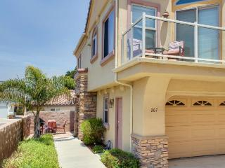 Oceanview getaway one block from the beach - shops & dining nearby! - Pismo Beach vacation rentals