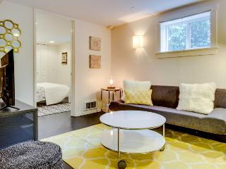 Stylish condo, south of great Capitol Hill eateries & bars! - Seattle vacation rentals