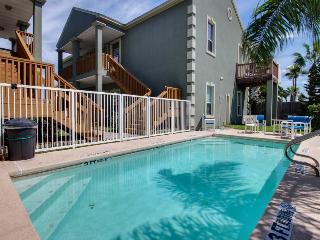 Shared pool & beach access in this great condo! - South Padre Island vacation rentals