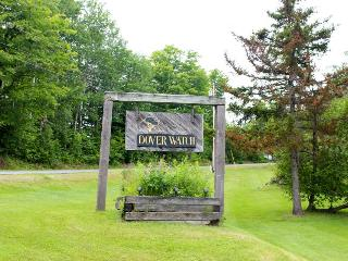 Comfortable condo with a private sauna and mountain views - West Dover vacation rentals