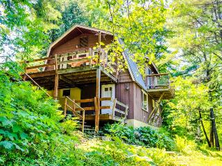 Gorgeous riverfront cabin w/ picturesque river views, close to skiing! - Woodstock vacation rentals
