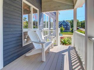 Post-and-beam home near beach with modern conveniences & high-end furnishings - Chatham vacation rentals