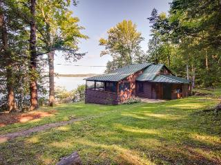 Lake Champlain cottage with rustic charm and private dock - South Hero vacation rentals