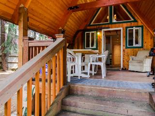 Charming A-Frame with modern appliances & a private patio! - Easton vacation rentals
