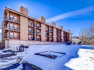 Cozy ground floor ski lodging w/community game room & grill area! - Brian Head vacation rentals