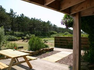 GITE / MAISON , VUE LANDE ET MER , Tronoën - Saint-Jean-Trolimon vacation rentals