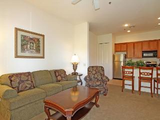 Upstairs Casitas Las Rosas One Bed, One Bath Condo close to Old Town LQ - La Quinta vacation rentals