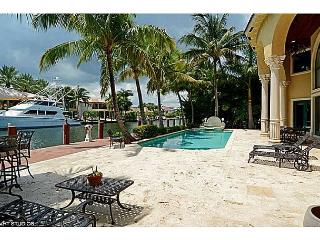 Harbor Beach Luxurious Waterfront Estate with Private Dock and Pool - Fort Lauderdale vacation rentals