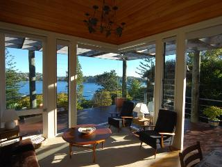 19 Queens - Oneroa vacation rentals